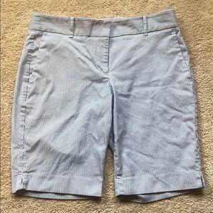Ann Taylor Petite Shorts 6P